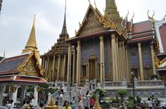 The Grand Palace in Bangkok - the City's Most Famous Landmark | Philippine Travel Tips, Itinerary and Budget