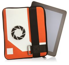 If I had an iPad, I'd get this sleeve. It's Aperture approved...what could go wrong?