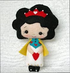 Queen of Hearts Doll Collectible Alice in by sewfaithful on Etsy.