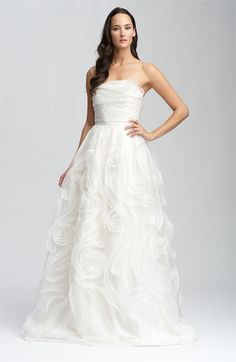Carmen Marc Valvo Signature Strapless Silk Organza Gown. Gorgeous!
