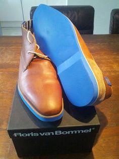 Floris van Bommel, blue soles.