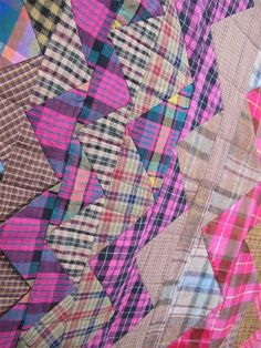 close up, Plaid One by Eleanor Dugan. Quilted by Dani Lawler. 2014 Voices in Cloth, photo by The Plaid Portico