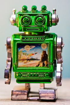 Green Robot Toy | Vintage and Retro Space Age Raygun, Rocket and Robot Toys | Sugary.Sweet | #SpaceAge #Toy #Robot #SciFi