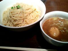 つけ麺 駒鉄@駒場   味たまつけ麺(大)  つけ麺も旨いけど店内にある駒場東大前の鉄道模型がすごかったΣ(゚Д゚)