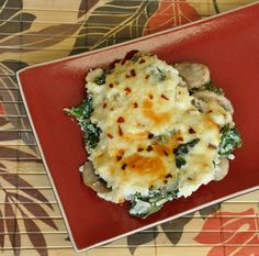 Cheesy kale, mushroom and rice casserole. (aka what to make when you're entirely too lazy for risotto)