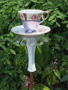 Teapot Whimsy 4 : Enchanting teapot totem