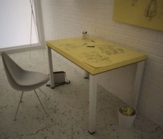 For Designers To Constantly Doodle, A Giant Post-it Note Desk - DesignTAXI.com note desk, 14 thing, social inspir, doodl