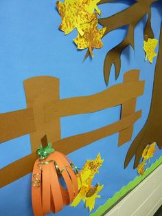 fall bulletin board ideas for preschool | paper into my fall bulletin board as the fall leaves