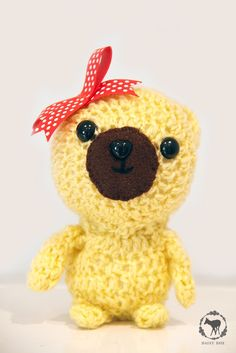 This adorable bear goes by the name of Lemon Pie. She loves to read picture books and bake cookies. daisydoe.etsy.com