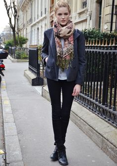 #look  #scarf  #jacket