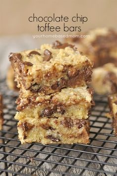 Ooey, Gooey Chocolate Chip And Toffee Bars - your homebased mom