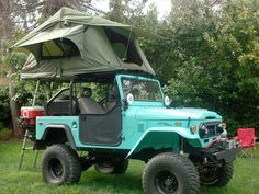 Tepui Kukenam Roof Top Tent!!! This is the only way I would camp in Alaska. The bears couldn't get me! Lol