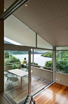 Apple Bay House by Parsonson Architects #House