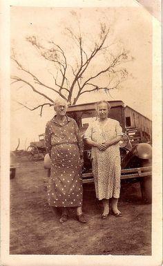 2 old women
