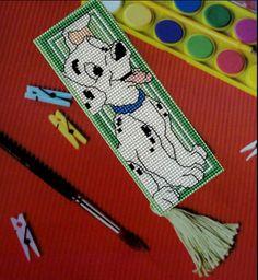 Bookmark dalmatier embroidered on plastic canvas. A 'Royal Paris' cross stitch Bookmark kit. 101 dalmatians, cross stitch bookmarks, cross stitches, plastic canva