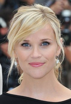 rees witherspoon, sideswept bangs hairstyles, reese witherspoon bangs, makeup, reese witherspoon hair bangs, casual hairstyles, beauti, side bangs reese witherspoon, celebr