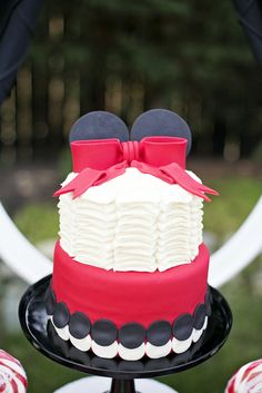 mous birthday, mous cake, birthday parties, parti cake, minnie mouse cake, party cakes, parti idea