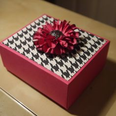 chrysanthemum flower, envelop punch, side box