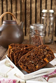Persimmon and Walnut Bread - what a lovely flavour pairing. #food #bread #persimmons