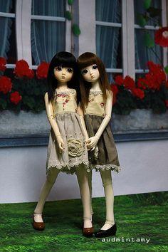 Lovelydoll : Dami&Yumi. #bjd #resin #doll #mini #miniature #lovelydoll #elfdoll #dami #yumi #sisters