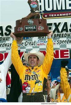 Throwback Thursday – Elliott Sadler Ends Winless Skid at Texas | Fan4Racing  http://fan4racing.com/2014/04/03/throwback-thursday-elliott-sadler-ends-winless-skid-at-texas/   NASCAR NEXTEL Cup Series driver Elliott Sadler celebrates his win in the Samsung /RadioShack 500 at Texas Motor Speedway.  Photo - Sherryl C...