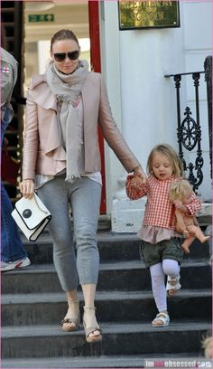 stella mc cartney out with her girl