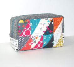 Craftbook month - Patchwork please Triangle Patchwork box bag