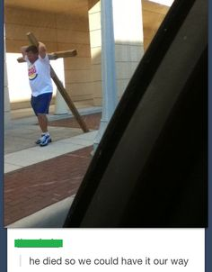 Praise him: | 33 Of The Greatest Things That Happened On Tumblr In 2013