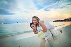 beach wedding portraits in punta cana