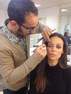 Eva González - Blog 'Las Tentaciones de Eva' 2012/2013 Sobre un post de un maquillaje que le hizo su maquillador Manuel Cecilio con un sólo lápiz http://las-tentaciones-de-eva.blogs.elle.es/2013/03/26/maquillaje-con-un-solo-lapiz/