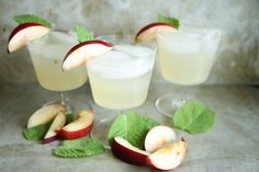 Nectarine, Gin and Ginger Fizz