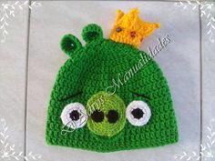 Gorro tejido del personaje Pig Rey de Angry Birds