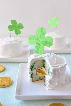 kids cakes diy, money cake, little cakes, saint patricks day, miniatur cake, mini cakes, parti, king cakes, gold coins