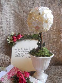 Adorable button topiary...