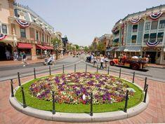 Secrets of Disneylands Main Street, USA