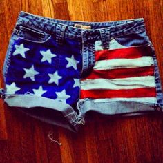 DIY American flag shorts - ya, i'm an all canadian girl, but i just LOVE when the american flag is put into clothes!!!