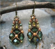 Sparkling Netted Crystal Earrings Bead Weaving Pattern and Tutorial for purchase $10.00, via Etsy.