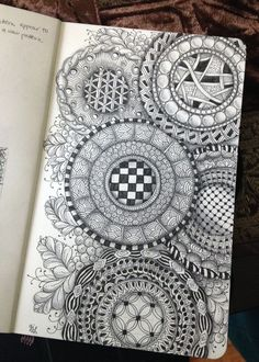 Zentangle Circles 2 - Gwen Lafleur.  Circle doodle inspiration