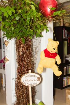 Welcome...to a Winnie the Pooh party