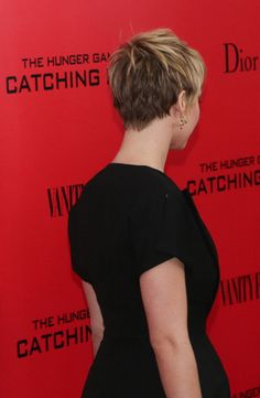 Jennifer Lawrence Pixie Cut - Back