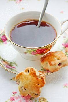 earl grey tea and cranberry scones