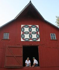 barn quilts - wedding ring pattern  add heart in center?