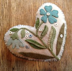 Wool Applique pincushion, felted wool applique, felt applique, wool appliqué, felt heart