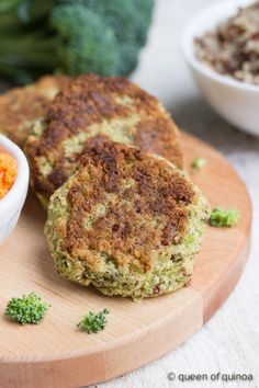 Vegan Broccoli Quinoa Burgers with the taste of cheese