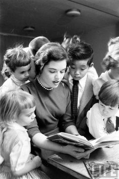 reading to children <3