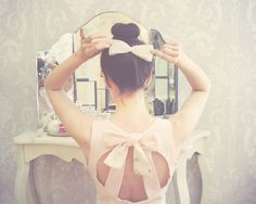 Inspiration: Little Bows and circle back dress