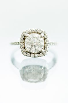 Engagement Ring | Beautiful! |  L Hewitt Photography