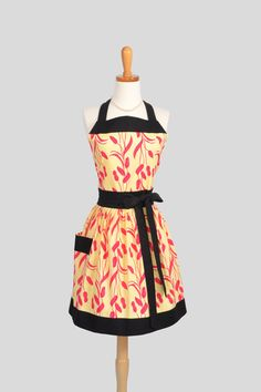 Womens Bib Full Apron  Full Kitchen Apron in by CreativeChics, $40.00