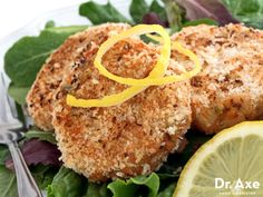 salmon cakes recipe! It's fast, tasty and healthy!