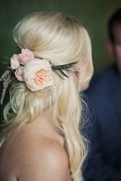 Gorgeous hair style for wedding with fresh  floral accent <3